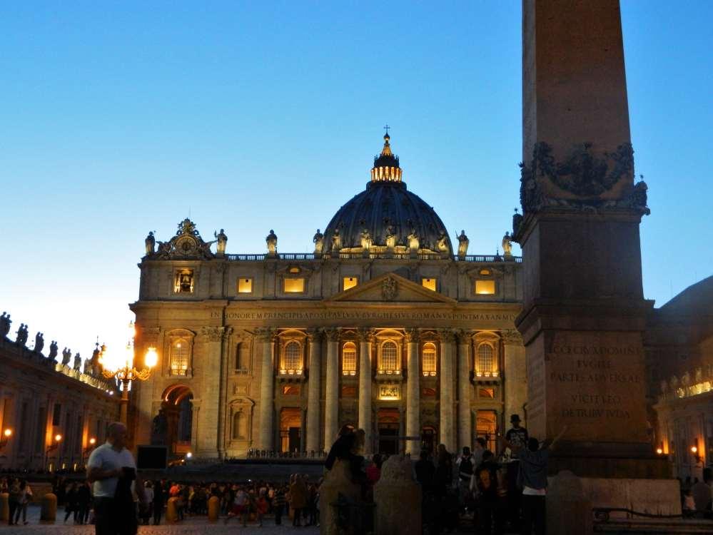St Peter's Square 12-min
